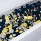 Alcoholverslaving in coronatijd drinken we meer of juist minder