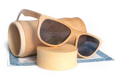 e911fabeccdb5f Mail   Win  Bamboe zonnebril - De Betere Wereld