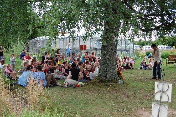 Zet de zaak eens flink op z n kop tijdens het eigentijds festival de betere wereld - Eigentijds leven ...