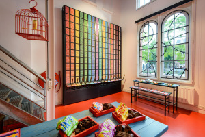 Tony's Chocolonely Store - Polonceaukade 12, Amsterdam